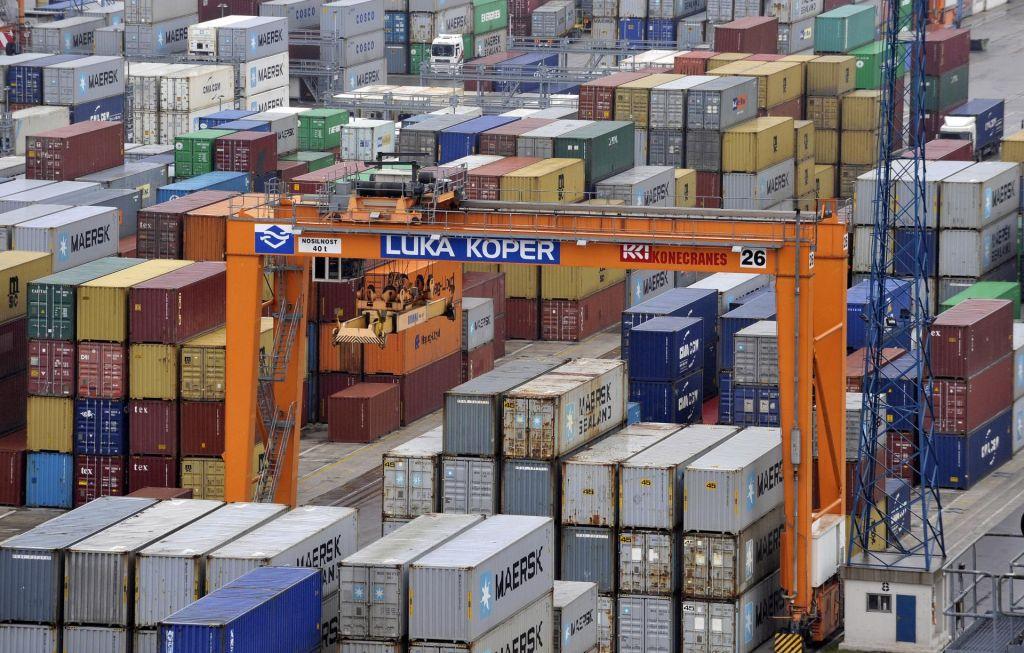 Stanje v avtomobilski industriji vpliva na pretovor v Luki Koper