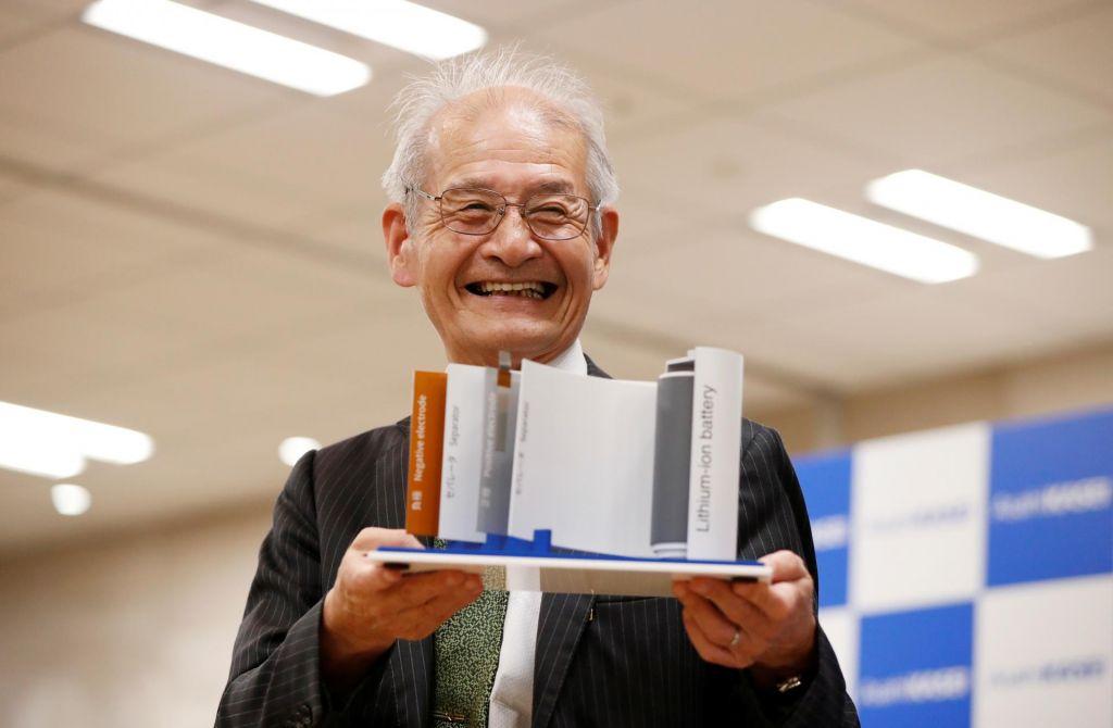 FOTO:Nobelova nagrada za kemijo izumiteljem litij-ionske baterije