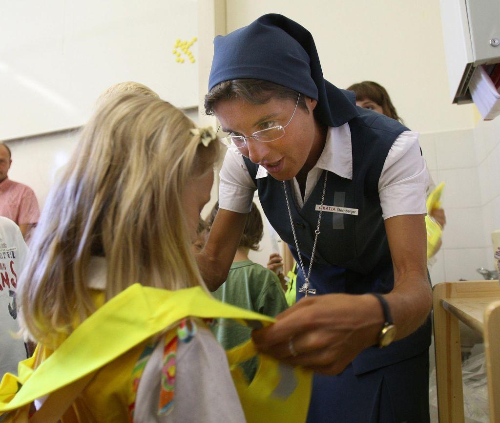 »Te šole širijo krščanstvo!«