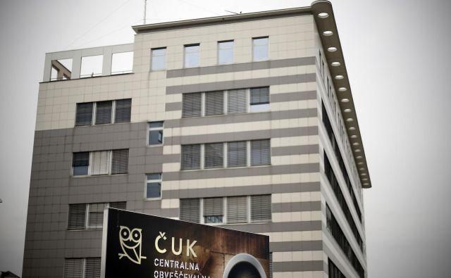 Pooblaščena komisija Knovsa, ki jo je vodil podpredsednik Knovsa Žan Mahnič (SDS), sestavljali pa še predsednik Knovsa Matej Tonin (NSi), Zvonko Černač (SDS) in Monika Gregorčič (SMC), je minuli teden namreč opravila nenapovedan nadzor na Sovi, kjer je preverjala kadrovanje v agenciji v času vlade Marjana Šarca.<br /> FOTO: Bla�ž Samec/Delo