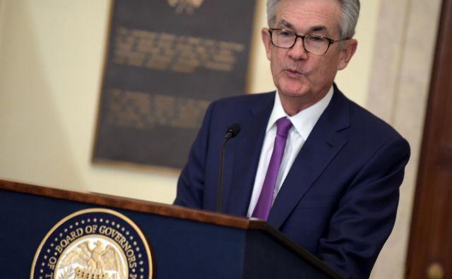 Oči vlagateljev so še naprej uprte v ameriški Fed in njegovega predsednika Jeroma Powella. FOTO: AFP