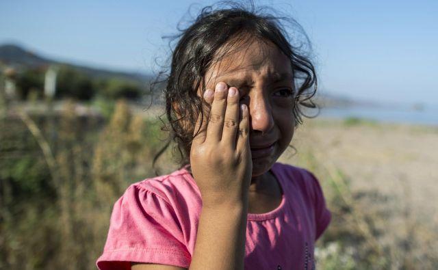Šestletna sirska begunka v Grčiji. FOTO: Ognen Teofilovski/Reuters