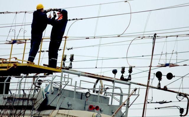 Elektrika bi se v prihodnje lahko močno podražila. To bi prizadelo tako gospodarstvo kot gospodinjstva. Foto Roman Šipić
