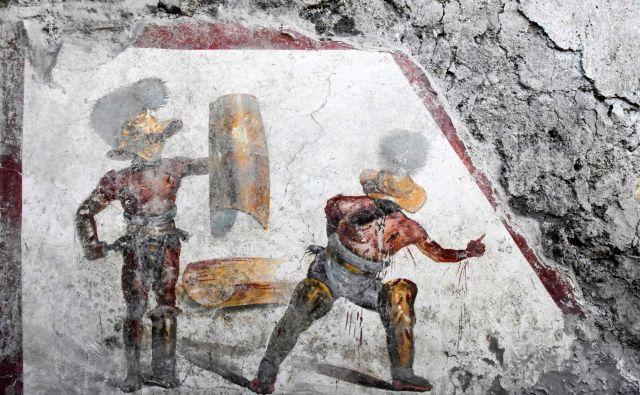 Fresko so odkrili v starorimskem lokalu, ki so ga verjetno tudi obiskovali gladiatorji. FOTO: AFP