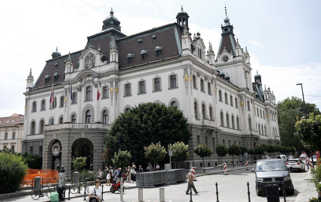 Ljubljanska univerza bo vložila predlog za revizijo v primeru izplačila dodatkov za stalno pripravljenost