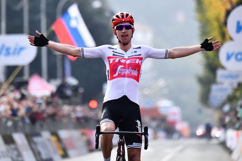 FOTO:Rogliču ni uspelo, Bauke Mollema je zmagovalec dirke po Lombardiji