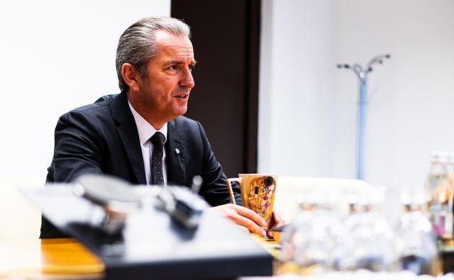 »Eta ni le podjetje, ki prodaja izdelek, konkurenčen na trgu. Je tudi podjetje, ki se bori za svoj kos pogače znotraj skupine E.G.O.,« ocenjuje Robert Vuga. FOTO: Matjaž Kosmač