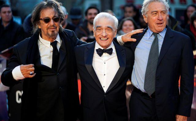 Na londonskem filmskem festivalu BFI 2019 so se pred projekcijo filma Irec (The Irishman) medijem predstavili glavni akterji Al Pacino, režiser Martin Scorsese in Robert de Niro. FOTO: Henry Nicholls/REUTERS