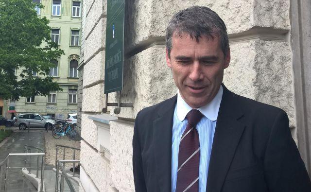 Sergej Racman maja na Okrožnenm sodišču v Ljubljani. FOTO: A. L.
