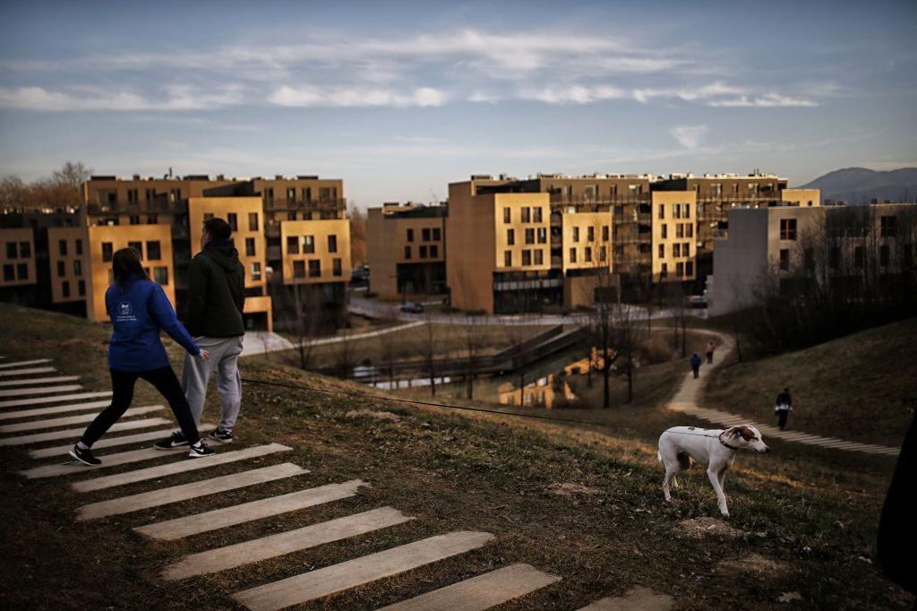 Rešitev stanovanjskega problema: stroškovne najemnine in garancija za kredit