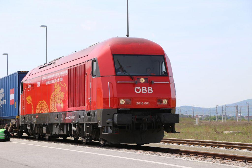 Več milijard evrov za obnovo železnice čez Balkan