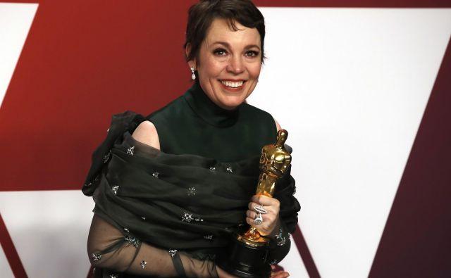 Olivia Colman je dobila oskarja za glavno žensko vlogo v filmu Najljubša<em>. </em>FOTO: Mike Segar/Reuters