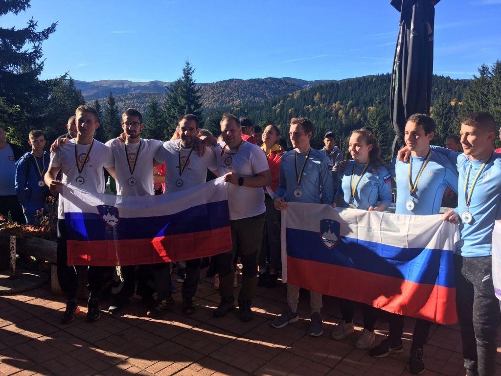 Slovenci dvakratni balkanski prvaki v planinski orientaciji
