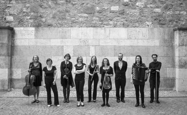 V desetčlanski zasedbi sta kar dve Slovenki – flavtistka Anja Clift in klarinetistka Valentina Štrucelj. Foto Arhiv Cankarjevega doma