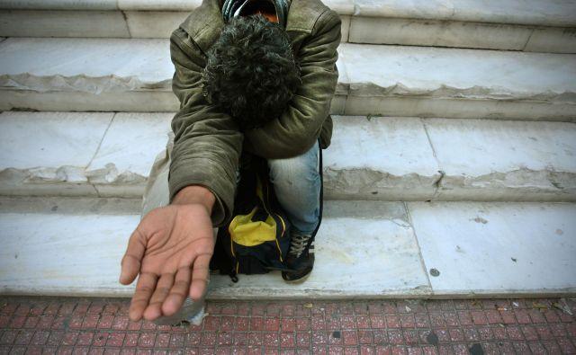 Pod pragom tveganja revščine živi vsak osmi prebivalec Slovenije, v EU vsak šesti. FOTO: Jure Eržen
