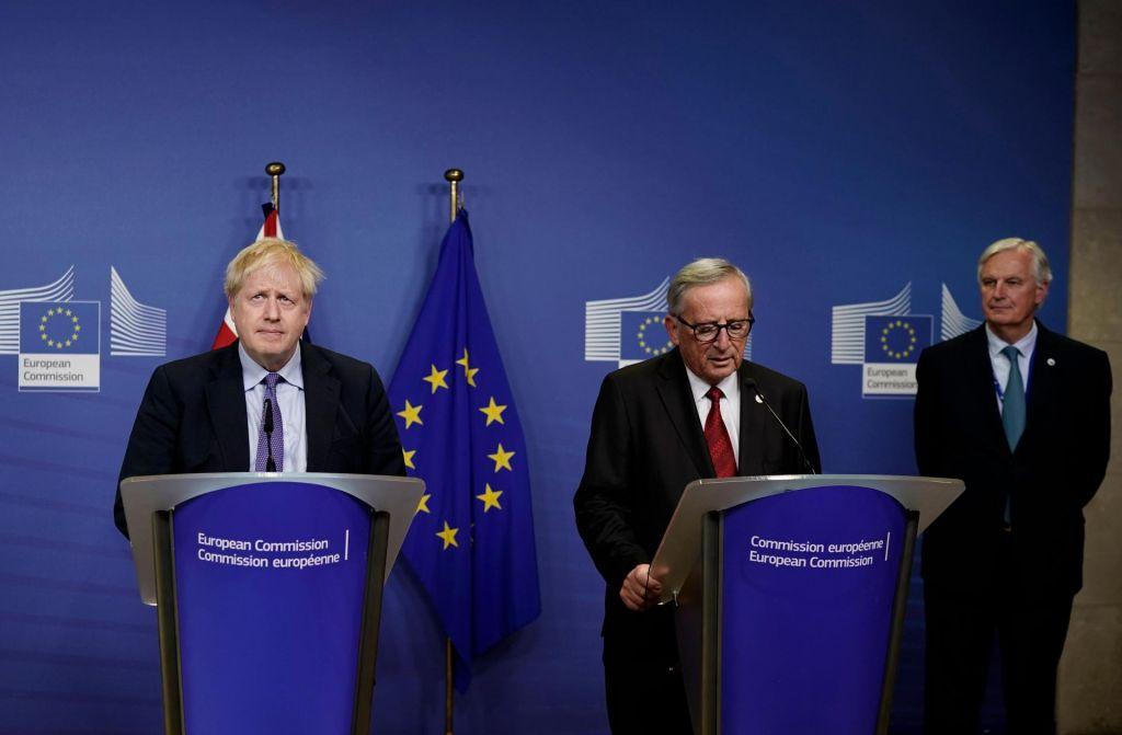 Vrh EU podprl kompromis o brexitu