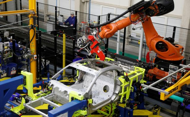 Brez rasti produktivnosti dela ni rasti bruto domačega proizvoda in ni rasti blaginje ljudi. FOTO: Reuters