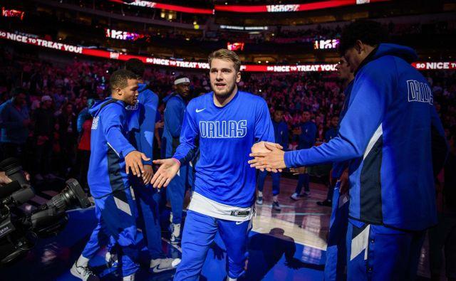 Luka Dončić je lani vstopil v ligo NBA kot izjemno nadarjen košarkar, zdaj je že dokazana večina med najboljšimi na svetu. FOTO: USA Today Sports