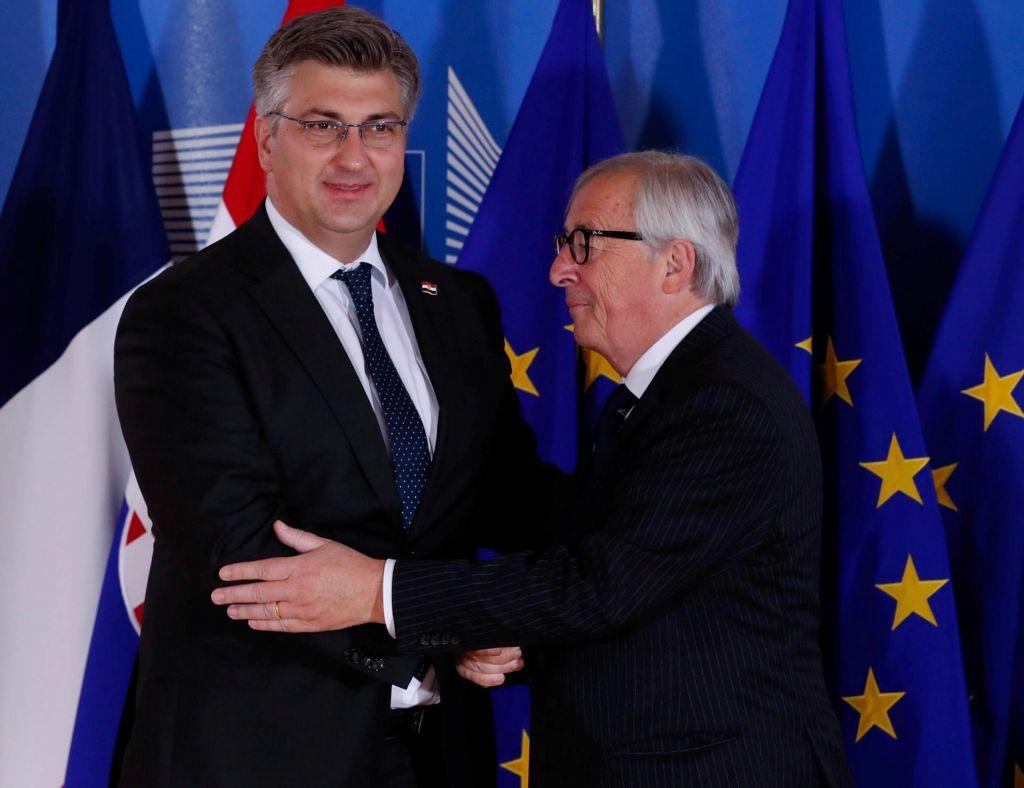 Pričakuje se Junckerjeva zelena luč Hrvaški za schengen