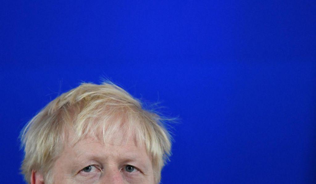 FOTO:Johnsonovo spogledovanje s parlamentarno večino