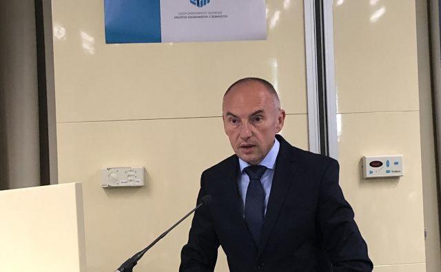 Minister za zdravje Aleš Šabeder na srečanju ekonomistov v zdravstvu. Foto: Društvo ekonomistov v zdravstvu