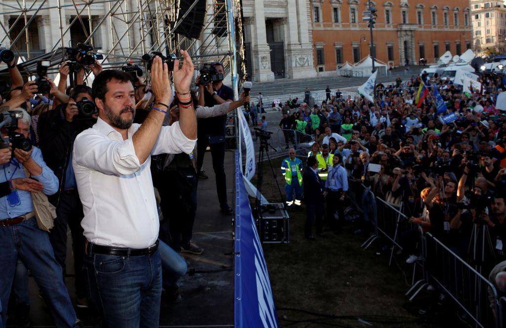 Na shodu desnice v Rimu znova napoved naskoka na oblast
