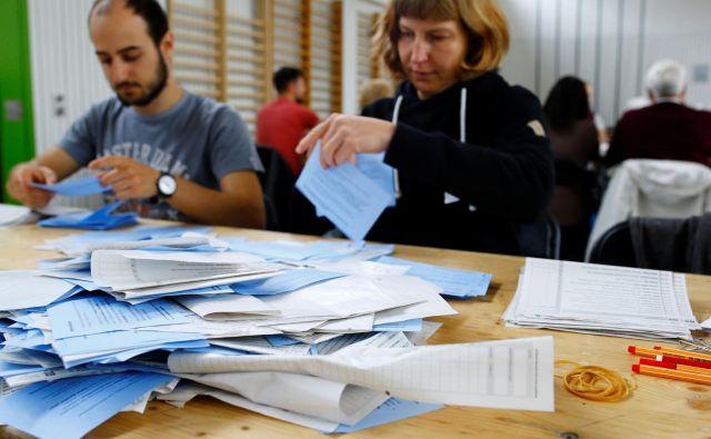 Zeleni so v primerjavi z letom 2015 pridobili 5,6 odstotne točke in imajo 12,7-odstotno podporo. Zeleno liberalna stranka pa je pridobila 3 odstotne točke in ima 7,6-odstotno podporo, kaže napoved švicarskega javnega radia SRG. FOTO: Arnd Wiegmann/Reuters
