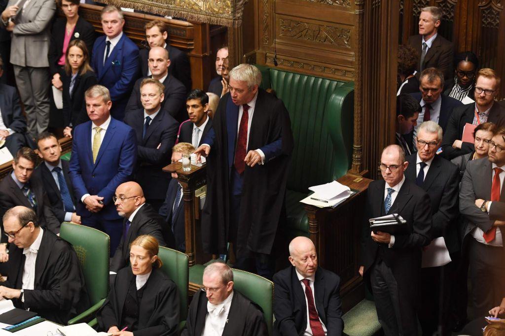 Britanska vlada vztraja pri svojih načrtih