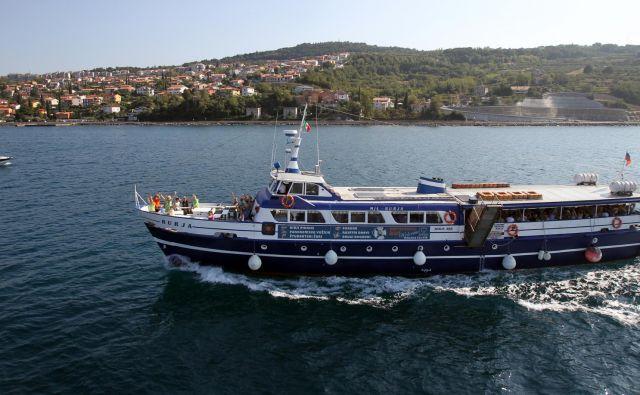 Prihodnje poletje naj bi začela delovati nova ponudba prevozov po slovenskem morju. Foto Blaž Samec