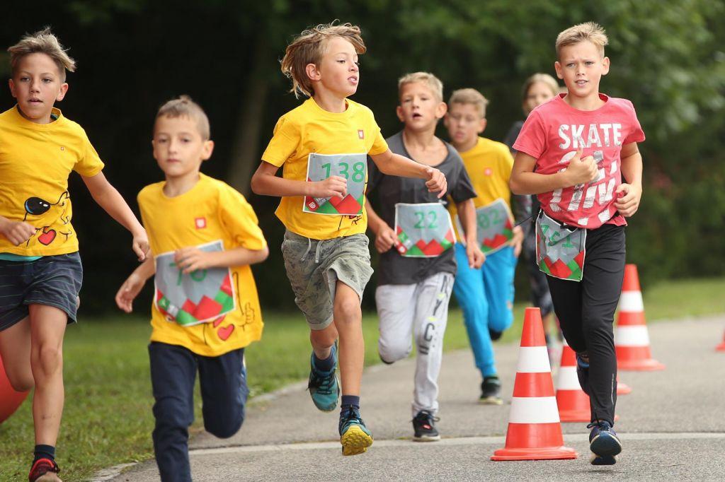 FOTO:Otroci in prehranska dopolnila pri športu