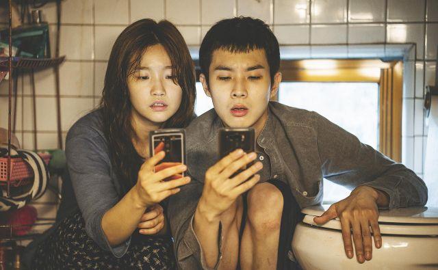 Med težko pričakovanimi filmi je južnokorejski <em>Parazit</em>, zmagovalec canskega festivala. FOTO: Liffe
