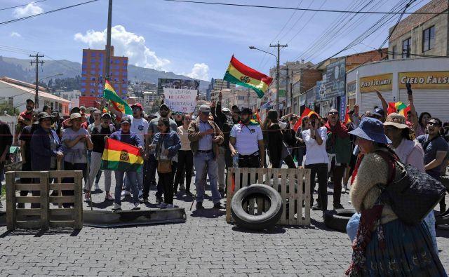 Prizor z današnjega protesta v bolivijski prestolnici La Paz. FOTO: Jorge Bernal/AFP