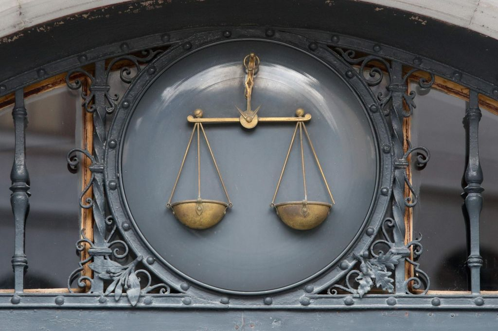 FOTO:Ali je nad sodniki samo še modro nebo?