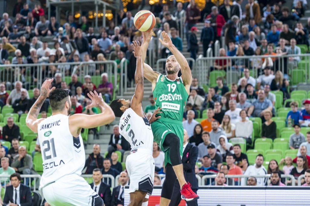 Cedevita Olimpija in Koper Primorska sta zasenčili močna tekmeca