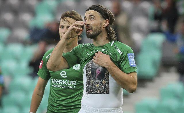 Ante Vukušić je po prvih 15 tekmah tako učinkovit, da bi lahko presegel rekorderja Zorana Ubavića. FOTO: Jože Suhadolnik/Delo