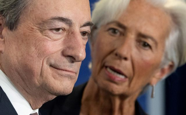 Christine Lagarde je na čelu ECB zamenjala Maria Draghija. FOTO: Reuters