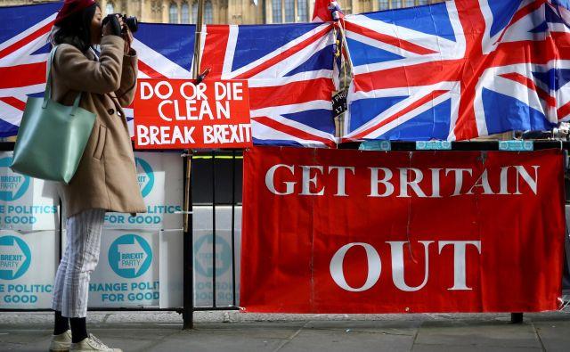 Predčasne volitve bi se lahko hitro spremenile v <em>de facto</em> drugi referendum o izstopu Združenega kraljestva iz EU. Foto Reuters