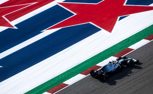 Lewis Hamilton je postavil najboljši čas na prostem treningu. FOTO: AFP