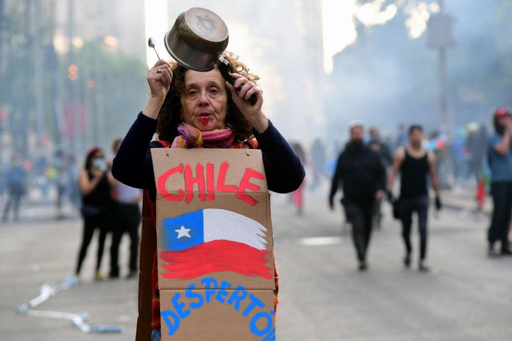 Zaradi protestov Čile ne bo gostil svetovne podnebne konference
