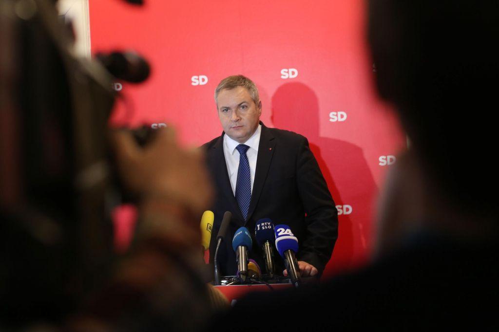 FOTO:Strašenje z Janezom Janšo za SD ne bo več dovolj