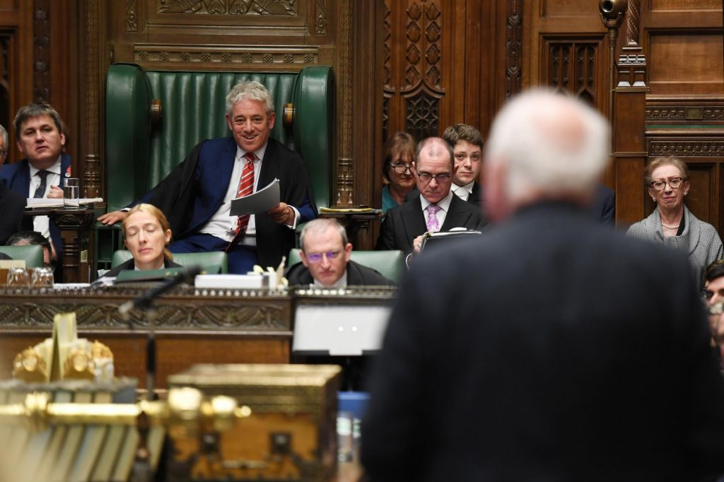 Na dan, ko »se ni zgodil brexit«, odhaja predsednik britanske poslanske zbornice