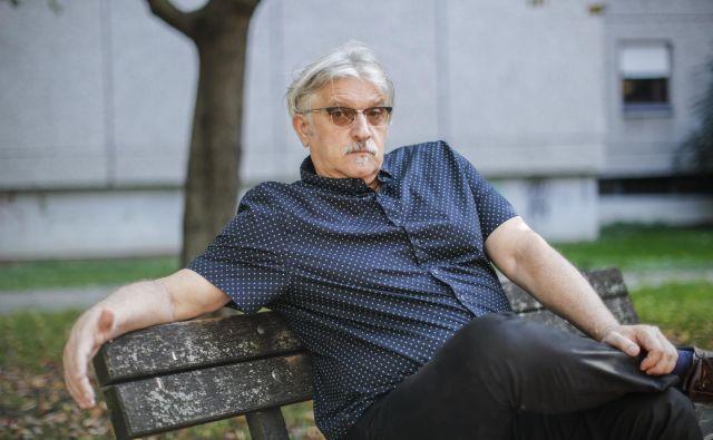 Vladimir Dimić, aktivist, ki sadi drevje, v Zagrebu. FOTO: Uroš Hočevar