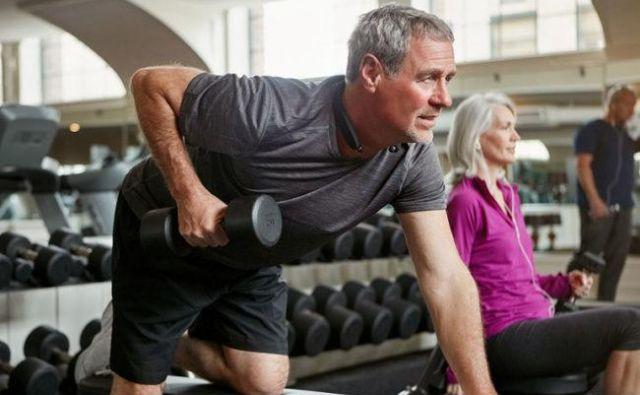 Težko delo ni trening (z utežmi)!Foto: Shutterstock