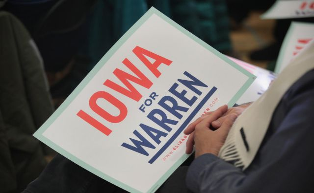 Senatorka Elizabeth Warren v Iowi vodi med demokratskimi predsedniškimi kandidati. Foto Scott Olson Afp