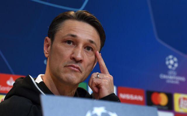 Potem ko je münchenski Bayern v soboto na tekmi nemške bundeslige doživel pravi polom proti Frankfurtu (1:5), so v vodstvu kluba hitro ukrepali. Danes zvečer so iz bavarskega velikana sporočili, da Niko Kovač ni več trener kluba. FOTO: AFP