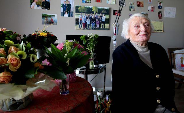 Lundyjeva, po vojni šolska učiteljica, v domu za starejše občane v mestu Epernay na severovzhodu Francije pred dvema letoma. FOTO: AFP