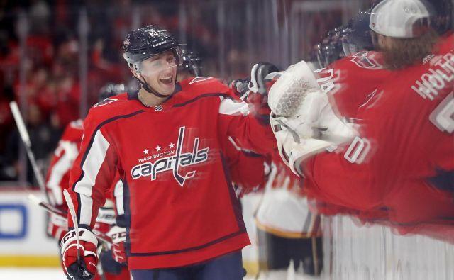 Češki hokejist Jakub Vrana se je veselil svojega prvega trojčka v NHL. FOTO: Usa Today Sports