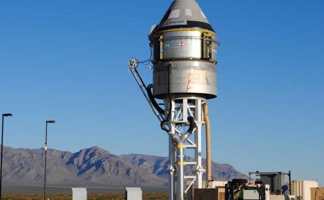 Kapsula starliner, pripravljena za testiranja sistemov za izredne razmere. FOTO: Boeing