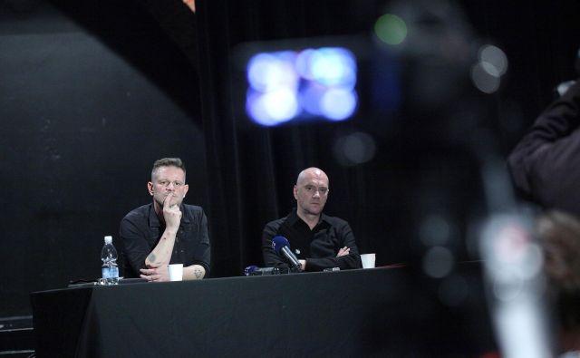 Direktor MGL Tibor Mihelič Syed (levo) in umetniški vodja Goran Injac na novinarski konferenci Foto Mavric Pivk