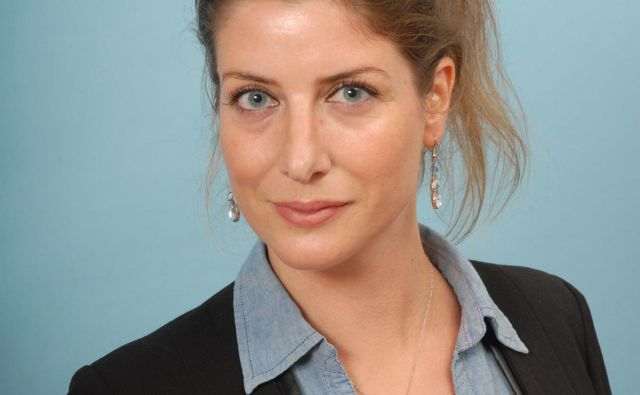 <br /> <br /> Alenka Urh je recenzentka, urednica in prevajalka.